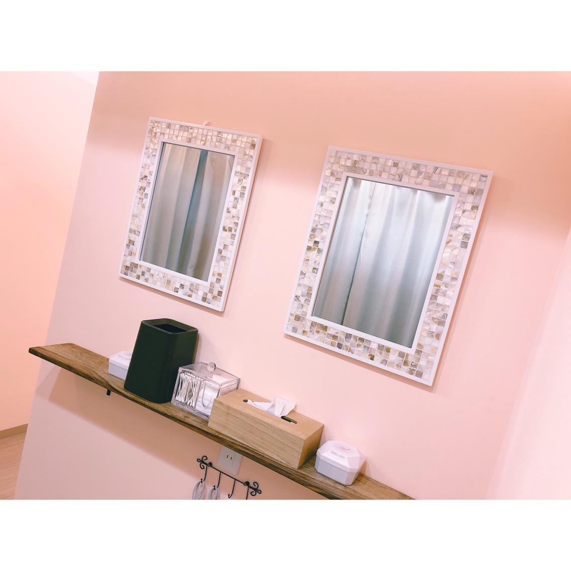 Esthetic Salon  clair