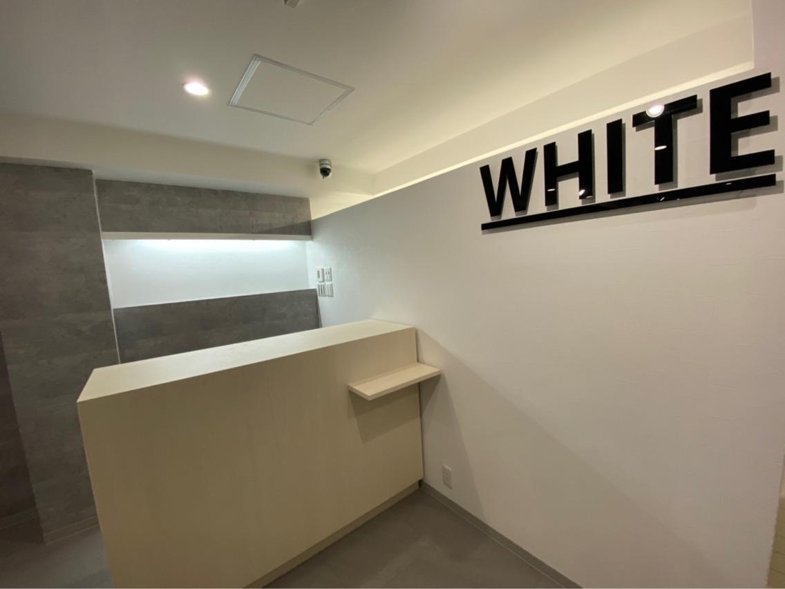 _WHITE大分店