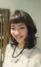オンザ眉毛でアカ抜け感を。 hair Glad Room所属・続石(つづきいし)和希子のスタイル