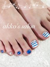 マリンカラーのサマーネイル♡  こちらも5000円になります^_−☆ akko's salon所属・ネイリストakkoのフォト