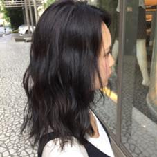 ブリーチなしのシースルーグレーです。 黒髪に見えますが光の角度でグレーに見えたりブルーに見えたり透明感抜群のオシャレ黒髪です! HAIR ISM所属・青田啓汰のスタイル