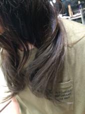 ダブルカラー アッシュかぶせたカラーです hair make  wise-be所属・瀧本あかねのスタイル