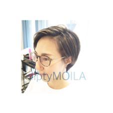 diptyMOILA所属・momodasayakaのスタイル