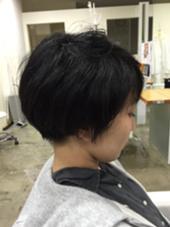 ショートボブスタイル! クセ、髪の量が多い方は内側を刈り込むとおさまりが良いです!  STARmark所属・小林慎之介のスタイル