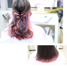 ご利用クーポン【インナーカラー】+ポイントカラー(ブルー)+ポイントカラー(表面毛先ピンク)合計8800円  表面のピンクを入れなければパッと見ただの暗髪ですが、アレンジや巻き髪で動きを出すと中からカラーが見えてきます(^○^)  OZ梅田店 【Director/Top stylist】所属・おずうめだのスタイル