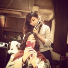 根元はストレートパーマをして、毛先にはワンカールのパーマをかけました♡ 梅雨の時期にぴったりのスタイルに(^O^)☆ hair gloss所属・熊澤愛のスタイル