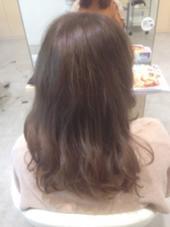 ダブルカラーです!こちらはミルキーなカラーにしてみました☆ agu hair living所属・近藤充のスタイル