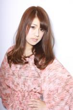 ピンクベージュを乗せたカラーに、毛先はワンカール✨ MIIA hair design所属・佐々木政徳のスタイル