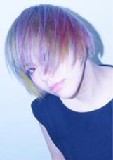 全体はシルバー。そこに7色でいろんな動きを表現✨ Morio  from  London所属・UME___のスタイル
