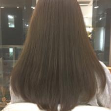 暗い中にも透明感を☆ グレージュカラーもオススメです♩ フレイス所属・橋本涼のスタイル