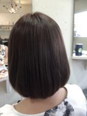 6トーンのモノトーンアッシュ UP-PU  ART   HAIR所属・前田菜津美のスタイル