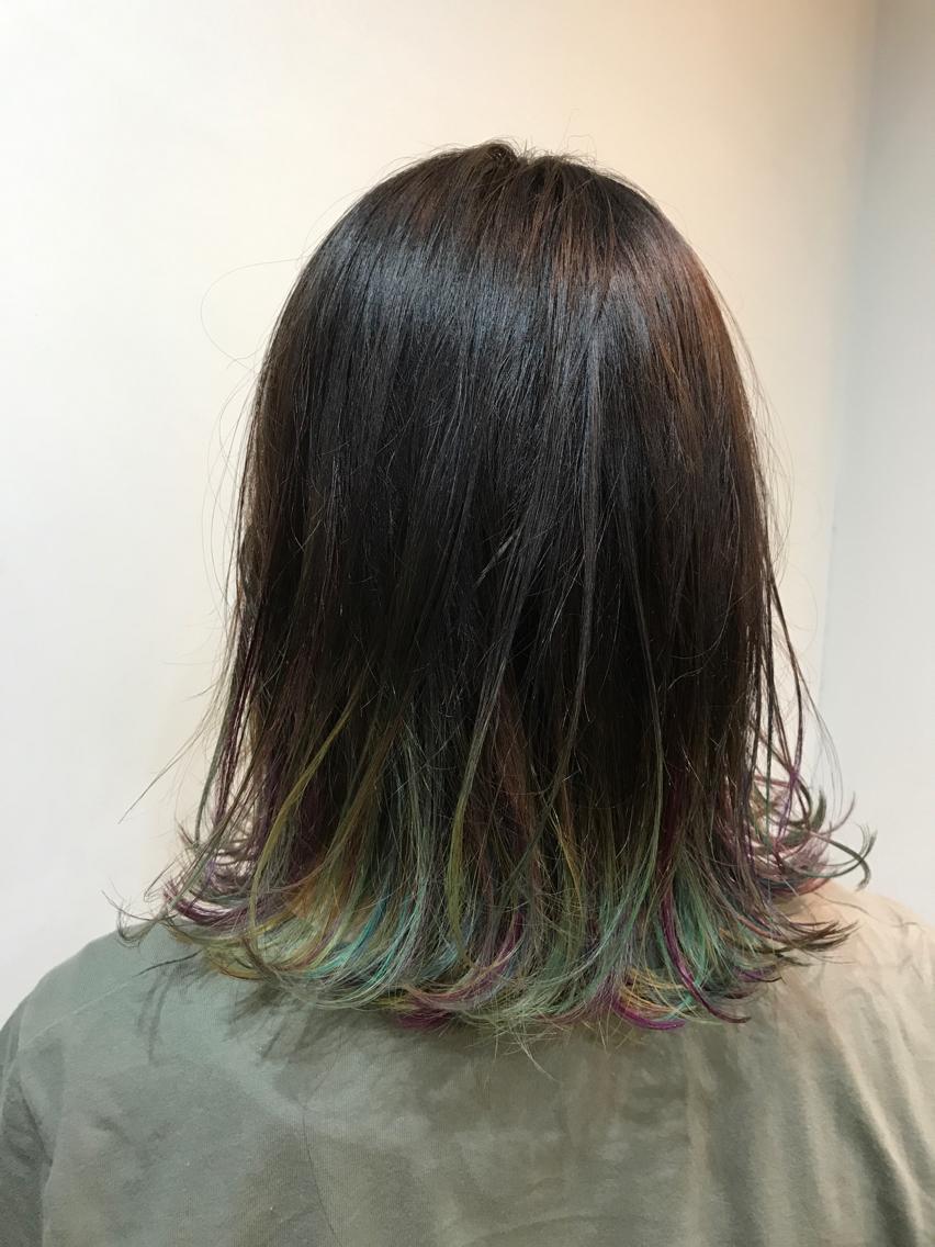 ミディアム カラー パーマ ヘアアレンジ 毛先にユニコーンカラー