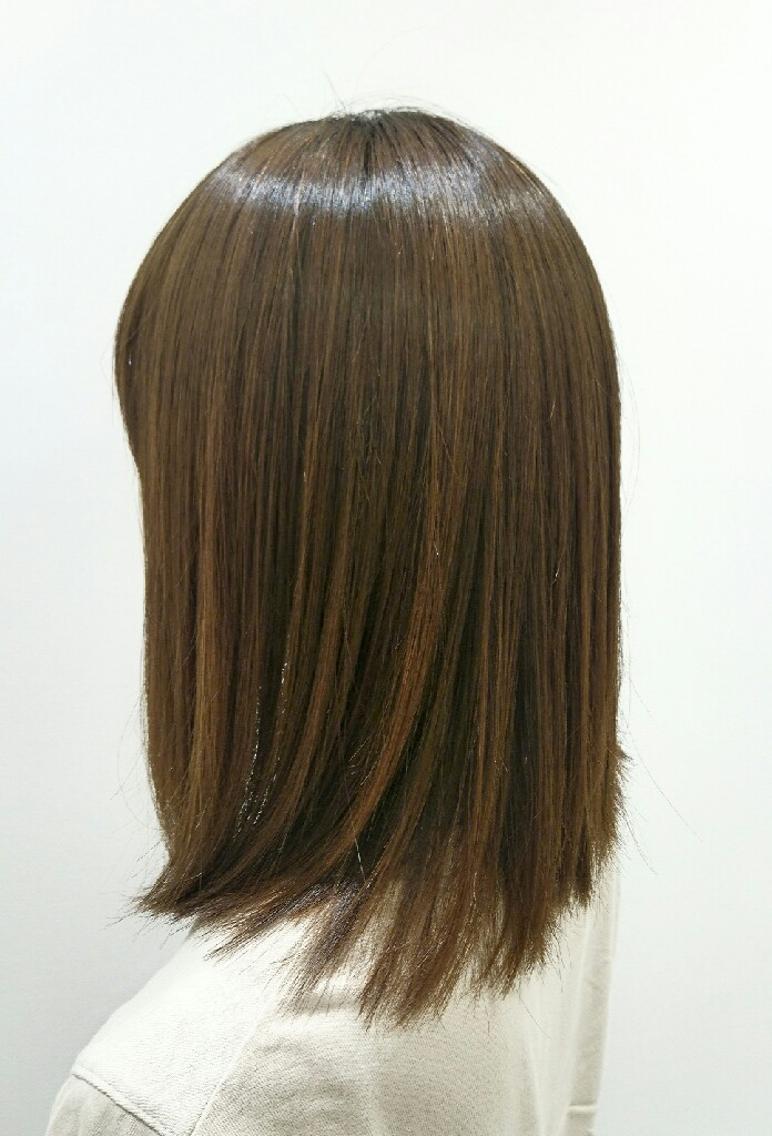 #ミディアム #パーマ 縮毛矯正をして広がる髪を収まりよくし、ツヤを出しました!