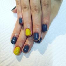 キイロとグレー  ワンカラー ¥2500 カラー追加 2本 ¥200 beauty:beast for nail & eyelash所属・的場晶子のフォト