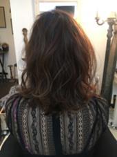 巻き髪ウェーブヘア♪立体感が出て可愛いです♪ 〜setroom ECOO × M defie〜所属・sonodaayuriのスタイル