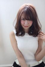 ミディアム×ワンカール Lilly hair salon所属・小島寿のスタイル