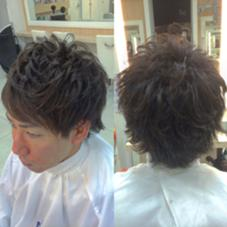 簡単に毛束感がでるようにカット‼︎ さらに動きを出しやすくスタイリングを楽にするためにパーマ‼︎  ワックスをなじませて毛先を整えるだけで スタイリング完成‼︎ 男性のスタイリングで毛束が作れない人は ぜひパーマを試していただきたい‼︎ Ash小岩所属・間宮哲平のスタイル