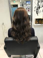 ブリーチなしのグレージュ♥️♥️ Beee  hair salon所属・山森伴利代表のスタイル