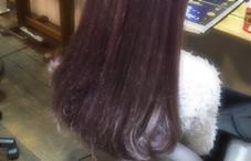 purple color on colorbutter. ▶︎ブリーチ2〜3回  淡い紫のカラーをいれてamoちゃんのようなカラー♡ ⚠︎こちらのカラーはカラーバターの料金も追加されます 小川久美子のスタイル