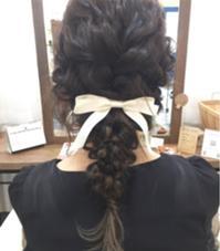 ゆるふわな編み込みアレンジ★ 結婚式お呼ばれにオススメです Halo hair design所属・小川淳之のスタイル