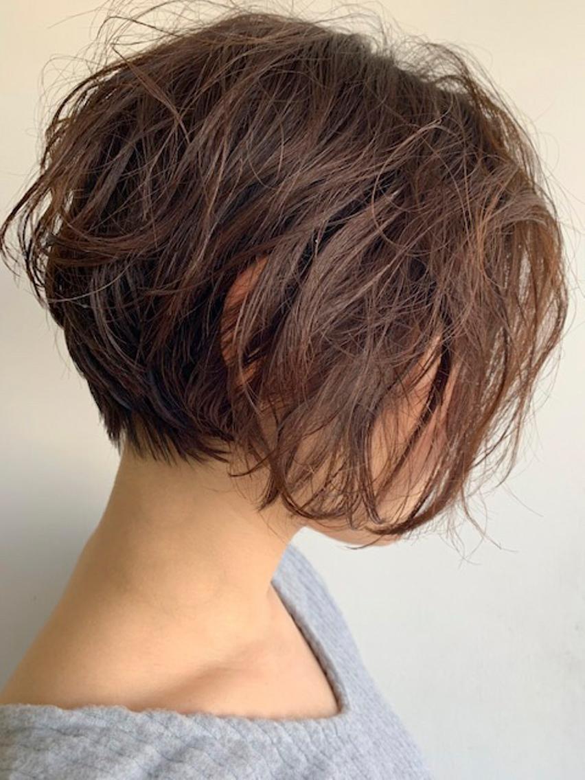 #パーマ ランダムパーマショートスタイル☺️ 乾かしてワックスつけるだけで完成です 毎日のセットが大変な方パーマかけてみてはどうでしょうか❤️ ご相談下さい! 髪質、骨格、頭の形、顔の形みてカットしております お任せください❤️