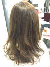 透明感のあるアッシュカラーです! Carino hair所属・川瀬敬介のスタイル