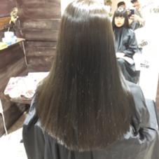 髪質改善ストレート×オリーブカラー THIS&THAT所属・荒堀  大輔トップデザイナーのスタイル