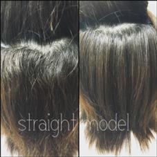 ▽縮毛矯正♪  おクセでの広がりが嫌という方!!! 根本のおクセは、しっかり伸ばしつつ 毛先は前歴があるのでダメージを考慮し 保護剤でしっかりカバーしました!  広がりと毛先の乾燥を落ち着かせる為に 最後はフォルムコントロールのトリートメントで ボリュームダウン&しっとり艶髪に♪  縮毛矯正モデル→¥2800 ¥6000相当のトリートメント→¥600 ヘアメイクWiLL江坂店所属・山口実咲のスタイル