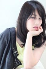 大人可愛いロングSTYLEです(^^)  カラーはマーメイドアッシュでツヤ感透明感を! matsuotomoyaのスタイル