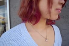 全体を一度ブリーチしてから薄ピンクをベースにインナーにビビットピンクをオン!!  nambuWEST所属・出海(イズミ)奈緒のスタイル
