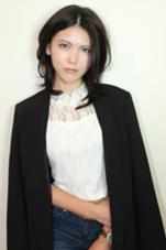 黒髪でも重くみえないミディアムスタイル kazu所属・みつおまさやのスタイル