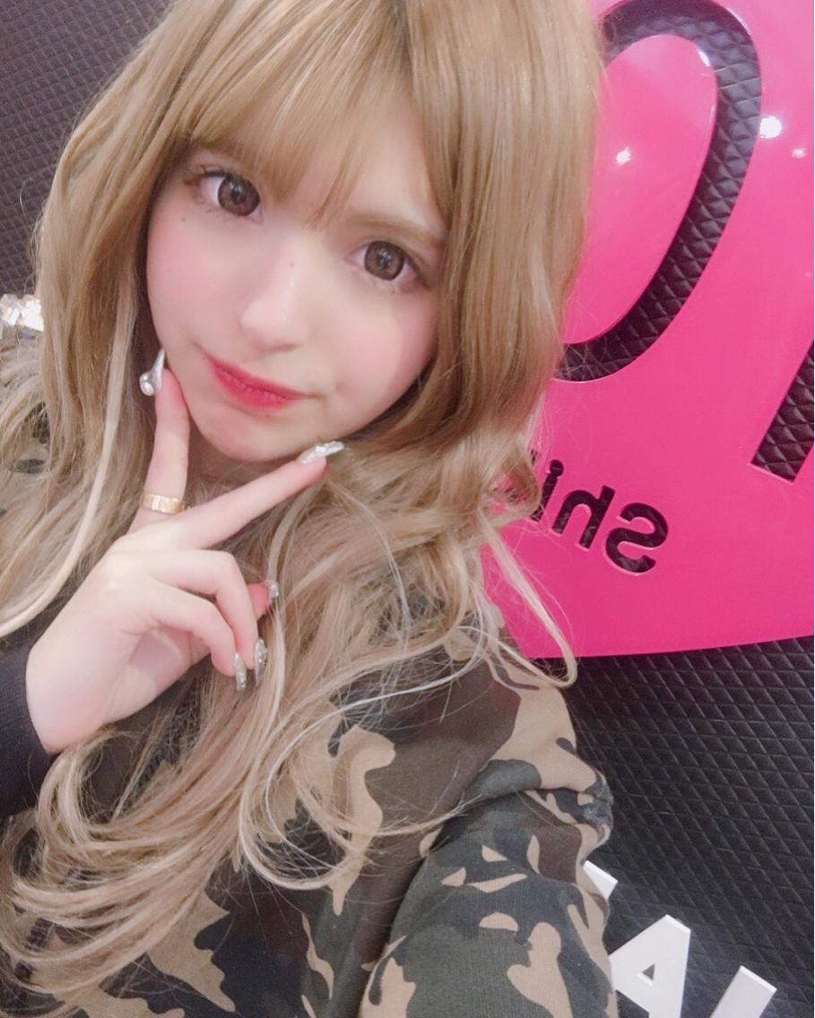 #ロング #カラー #メンズ #キッズ #ネイル #その他 popteen アンジェちゃん来たよーー♪   渋谷センター街ZARA目の前3階 NAILSGOGO 03-5728-4343   朝10時から22時まで営業 金曜日のみ深夜営業10時から04:30までやってます!