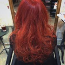 カラー剤でのレッド CHERIE hairdesign所属・ヨシダタイシのスタイル