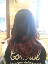 グラデーションカラー♡ 毛先はラズベリーピンクでかわいらしく☺︎ 巻くとより可愛い仕上がりになりますよ! HAIR SALON  La Coupe所属・片岡芙樹のスタイル
