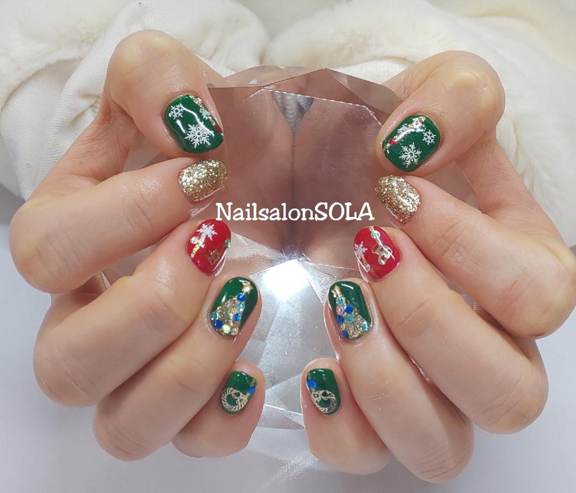 ✨🎄✨クリスマスネイル💅 定番の赤、緑、ゴールドのクリスマス