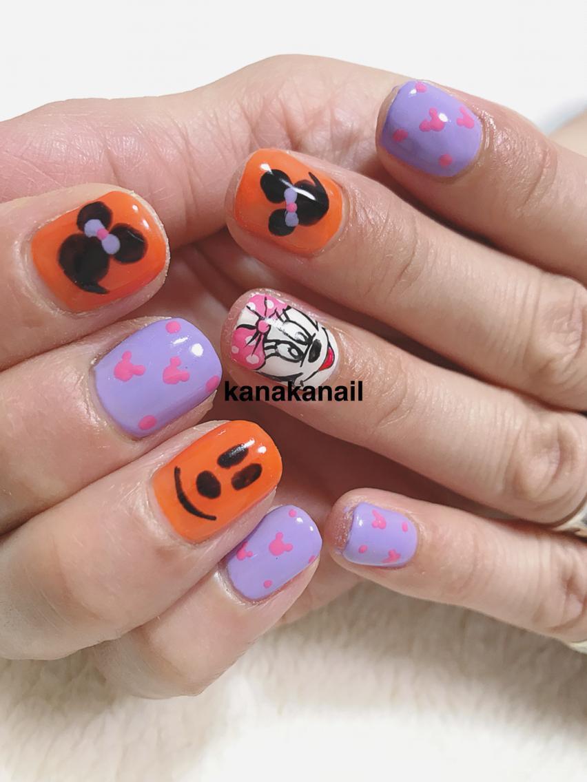 #ネイル ハロウィンネイル ミニーちゃんが大好きな方に。ディズニーへ行く予定。テンション上がるよう爪もディズニーハロウィンネイル🎃 おまかせいただきました✨いつも楽しく施術させていただきたいております!