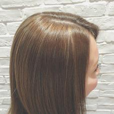 細かくたっぷりのハイライトを ワントーンに飽きた方、 立体感のあるカラーおすすめです! HAIR&MAKE Bell所属・布施莞奈のスタイル