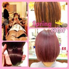 春なので鮮やかなピンクにし、 ハイライトを入れることで動きが出るので巻くととてもかわいいです(*^_^*) neolive ora所属・穴井真里奈のスタイル