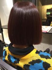 ワンレンボブです! カラーは10トーンのピンクとレッドです! ブリーチ無し。 ever Harajuku所属・スタイリスト オオヤカズキのスタイル