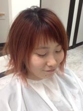 赤味を効かせたカラーとシースルーバング。 HAIR LIB所属・中村亮太のスタイル