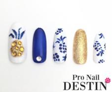 パイナップルネイルネイビーカラーのアートで大人っぽく♡  定額Cコース Pro  Nail DESTIN所属・Pro NailDESTINのフォト