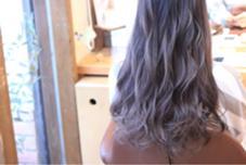 外国人風グラデーションシルバー ロングスタイル⭐︎ Dejave hair&space西千葉店所属・佐々木成のスタイル