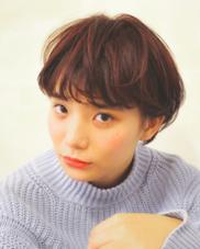 紅葉カラーにインナーのローライトが生えるお洒落ショート☝︎ MAGNOLiAkatsuのスタイル