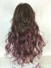 グラデーション×メッシュ  びんく濃いめに入ってるので持ちもよく 髪の毛サラサラに見えて色落ちも楽しめるstyleになってます(´д⊂)♡ アンククロス北口店所属・戸口希美のスタイル