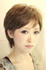 大人のカジュアルショートヘアです。 GOOD NEIGHBORS 新松戸店所属・平山慎吾のスタイル