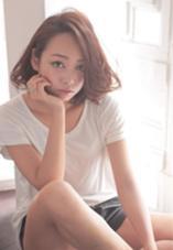 かきあげ前髪のボブスタイルにゆるゆるルーズなカールでちょっぴり大人にセクシーに^_−☆ Lom beauty&resort所属・梅澤亮輔のスタイル