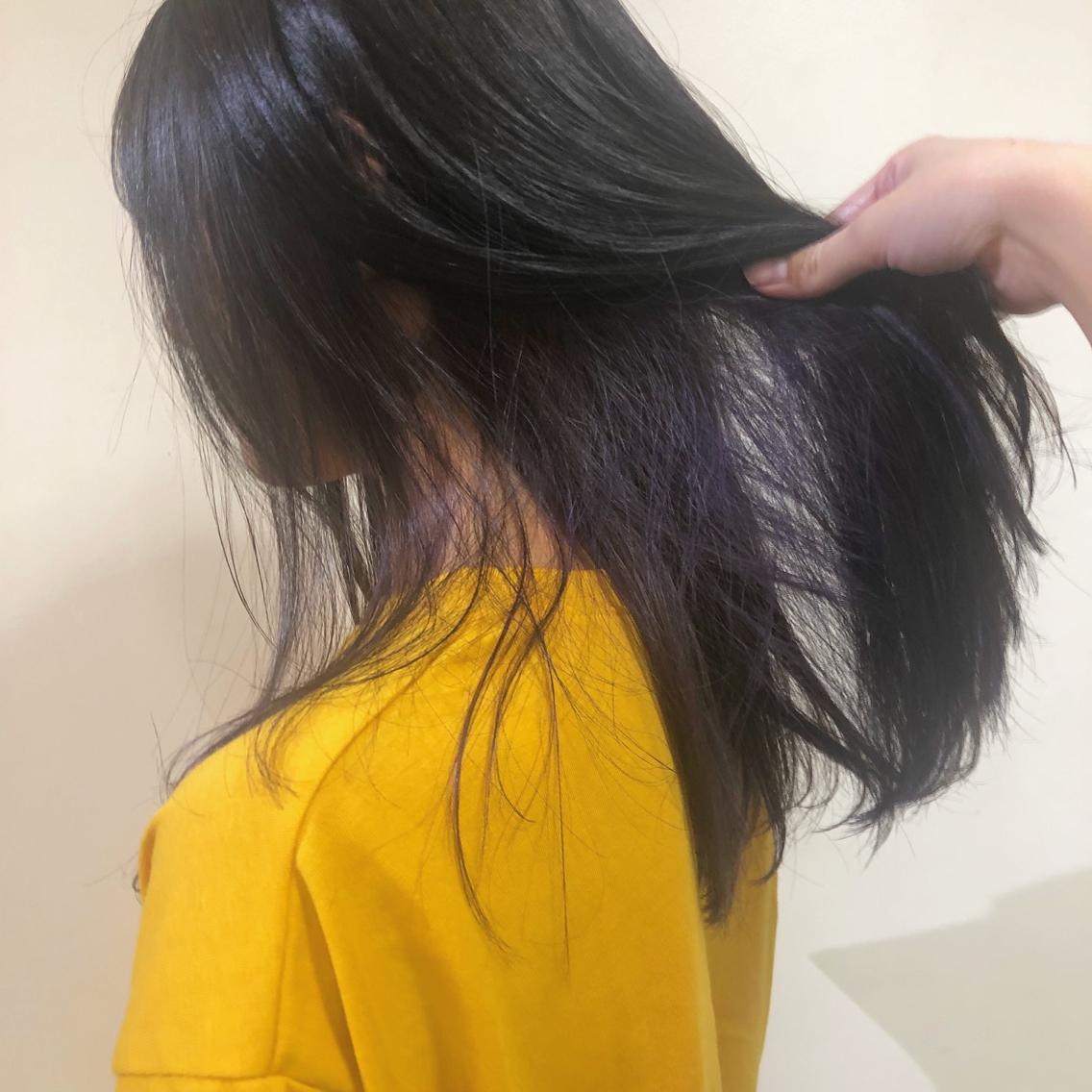 #ミディアム #カラー #ヘアアレンジ 紫のインナーカラー