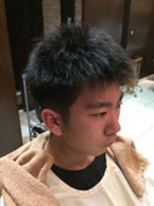 ビフォー 直毛で毛が立ってしまう セットをしても膨らんでしまう HAIRMODE  KIKUCHI所属・百瀬拓也のスタイル