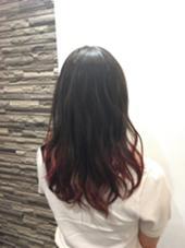 カラー剤のみ、ワンカラーでつくる毛先をワインレッドにしたグラデーションカラー! ShaqueHair所属・笹川照樹のスタイル