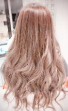 ブリーチ&カラー✨ 巻き髪スタイル艶感アップ EARTH岐阜店所属・HIRAO MISAE のスタイル